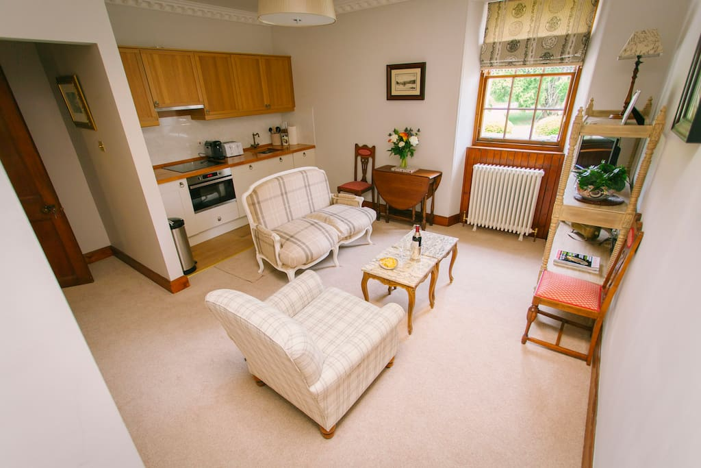 Fully  featured kitchenette - complimentary tea and coffee pods