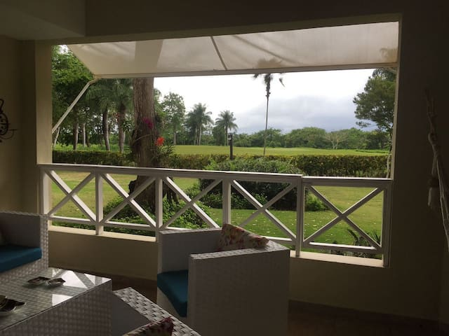 Luxury Apartment, Guavaberry Golf and Country Club