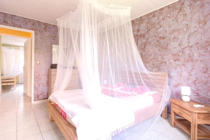 Hus med 3 soverom i Les Trois-Îlets med inngjerdet hage og Wi-Fi - 200 m fra stranden