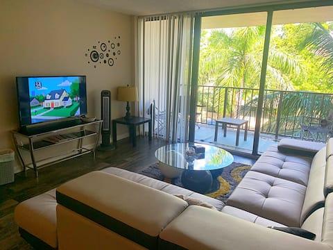 🌞SPACIOUS  Miami Beach Condo