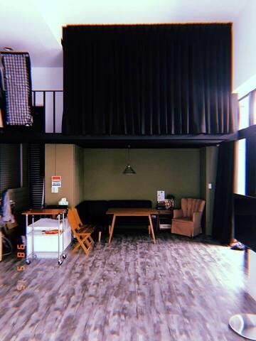 Backpacker choice, Commercial Studio (Neihu Dist.)