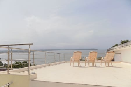 2BHK Villa In Nerul With A Great Ocean View: CM069 - Nerul