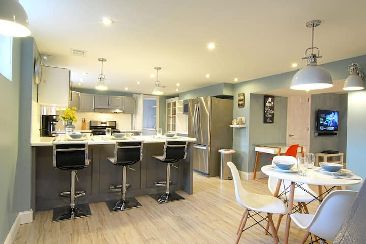 Stunning modern 2 BD apt close to Christiana Hosp
