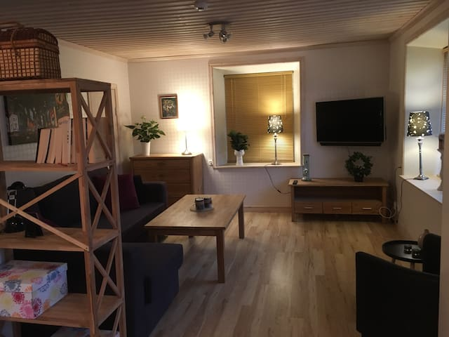Cosy, newly renovated apartment at Kinnekulle - Hällekis - Apartament