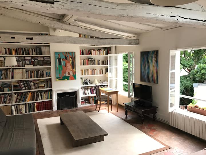 New flat near the Louvre & Saint-Germain-des-Prés