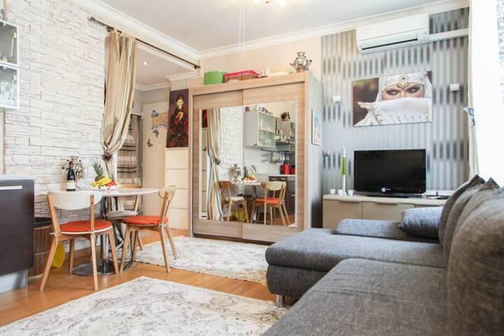 3 rooms +free parking garage