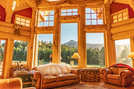 Adventurous Escape|Secluded Lodge Stay-COWBOY ROOM