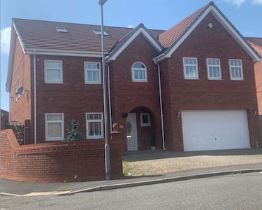 Large home in KIRKBY, Liverpool.