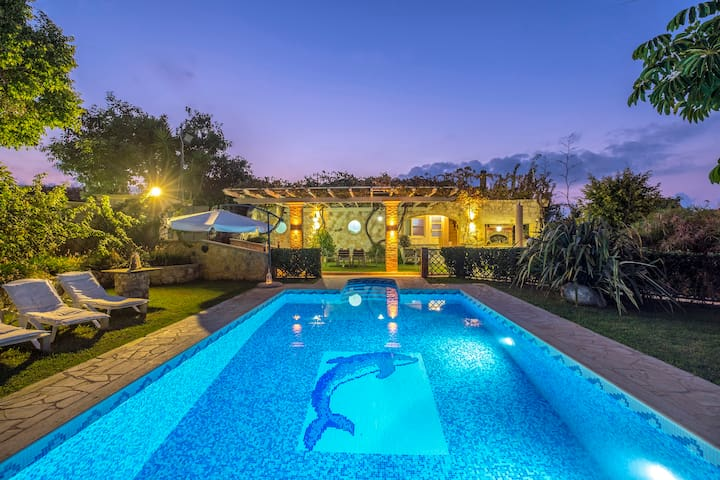 Niko's art Villa