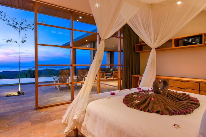 Bedroom with seaview