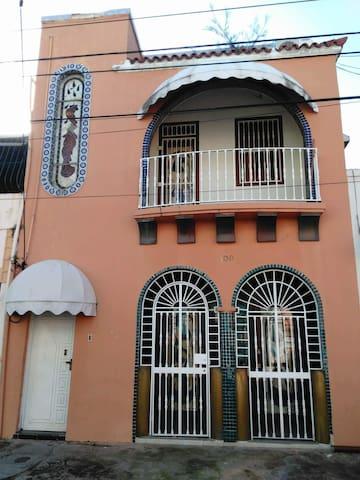 Full House-Casa Osiris / Free Breakfast, Bike, - Santo Domingo - Hus