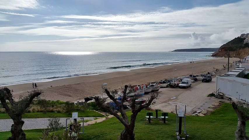 Casa na Praia - Budens - Pis