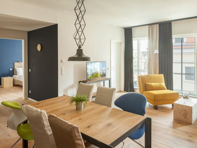 FELIX Suiten im Lebendigen Haus am Zwinger, (Dresden), Suite XL, 56qm, 2 Schlafzimmer, max. 4 Personen