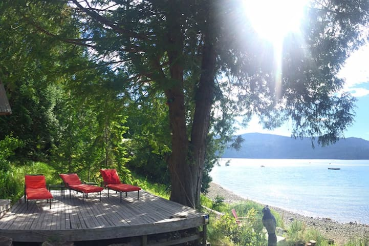 •Waterfront Sechelt Inlet Loft•Sandy Shore•Dock•