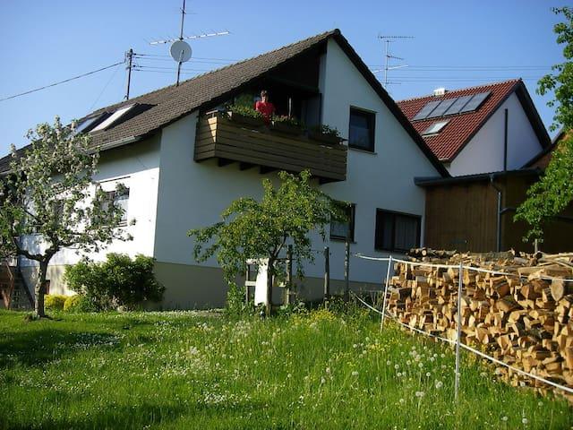 Ferienwohnung Bosch, (Salem), Ferienwohnung 1 35qm, 1 Schlafzimmer, max. 3 Personen