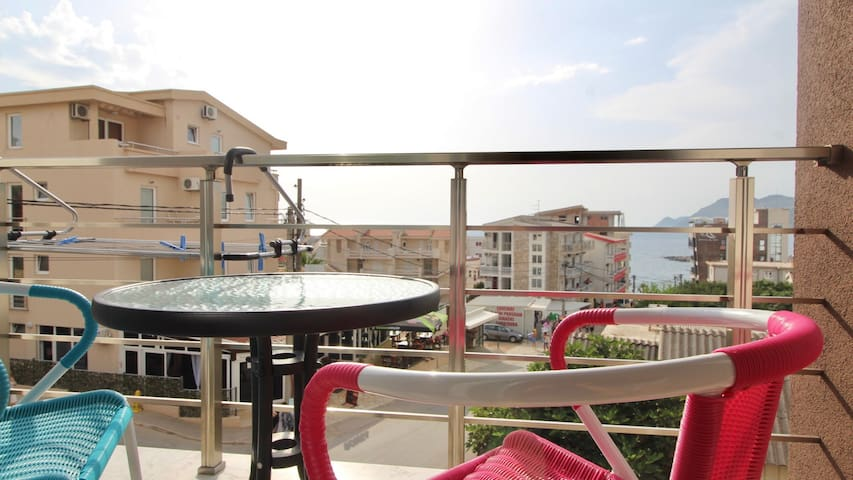 1bd Sea View Apt 150m f/ Veliki Pjesak Beach