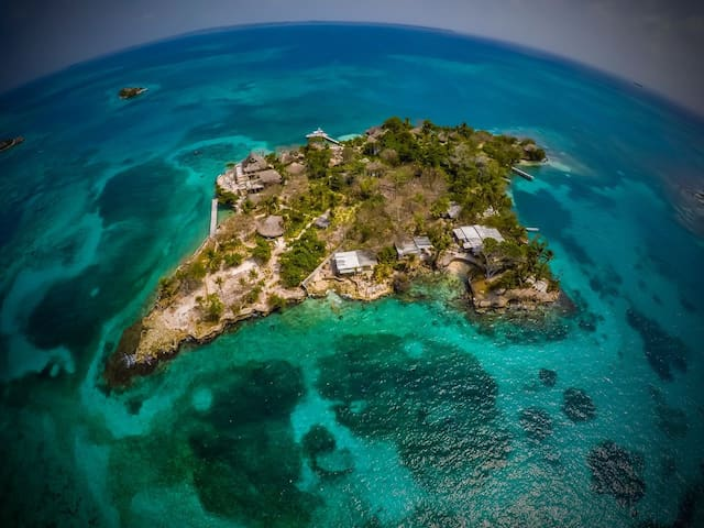 Relax total en su isla pirata