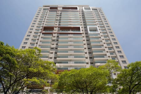 Loft High rise well locate with amenities