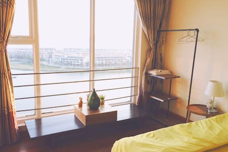 Charming Seaview Apartment Ha long - tp. Hạ Long