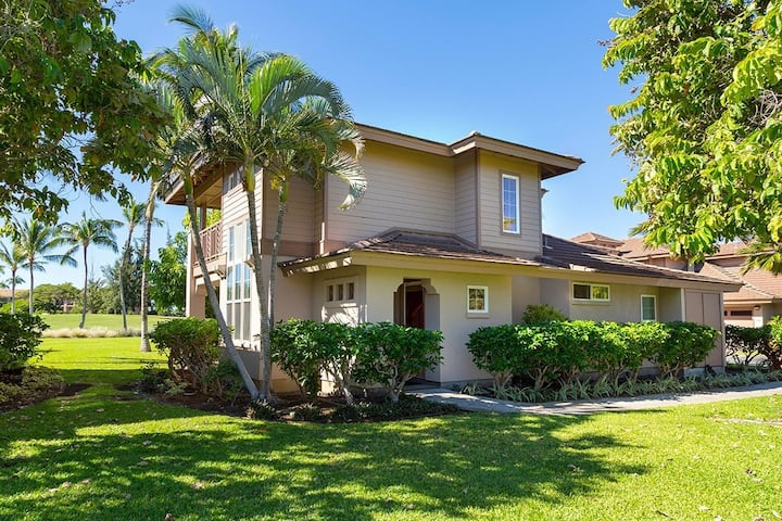 Spacious & Tropical Waikoloa Villas Townhome