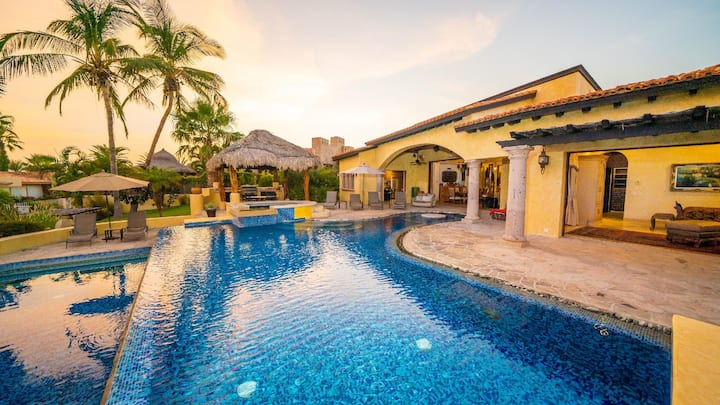 Gorgeous Beach-views with Infinity Pool   SPECIAL OFFERS! Hacienda-Style Villa Cabo MEX