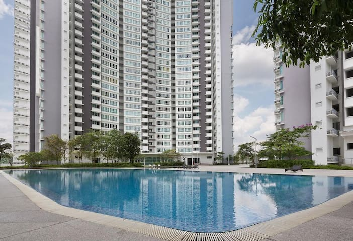 Tropez Residence Danga Bay Wowww!!!