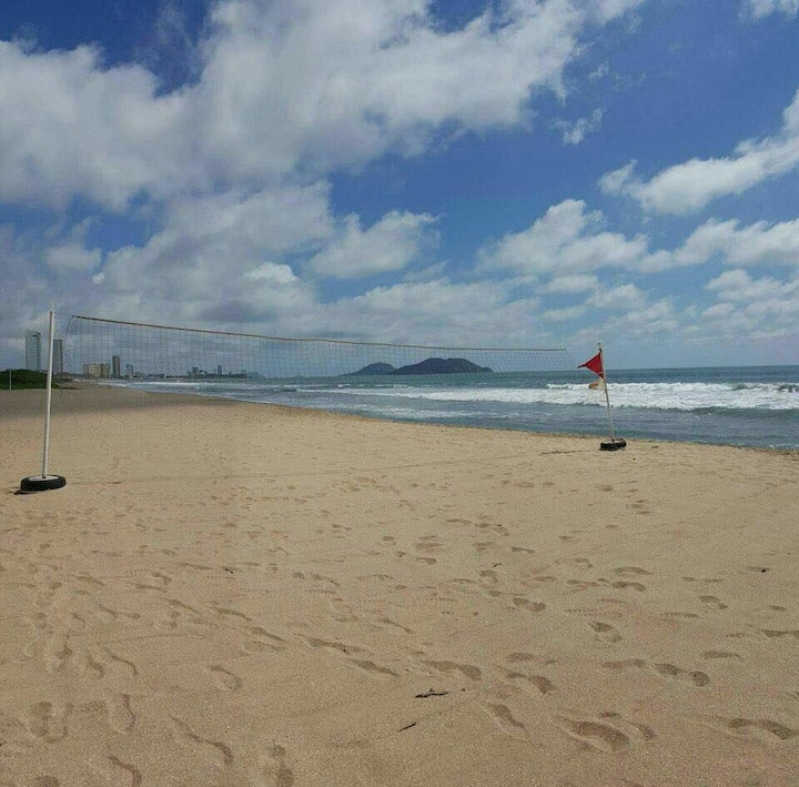 Hermosa Villa a 300 mts de la Playa!