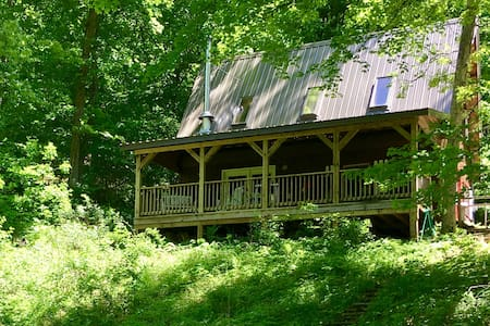 Creekside Chalet in the Driftless