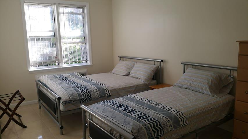 全新装修的一间卧室 Bensonhurst  -  Sleeps 4