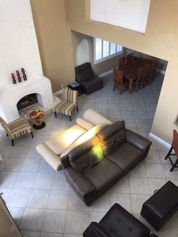 Iris Paradise - 3 bedrooms plus loft -Sleeps  10 - Newport Beach - Sorház
