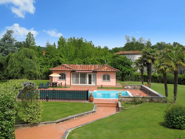 Holiday House Teresa for 4 persons in Lucca