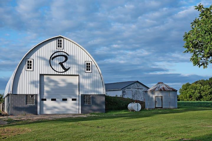 Circle R Ranch Rural Living