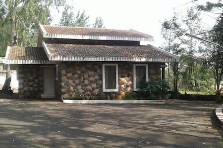 parmar villa panchgani