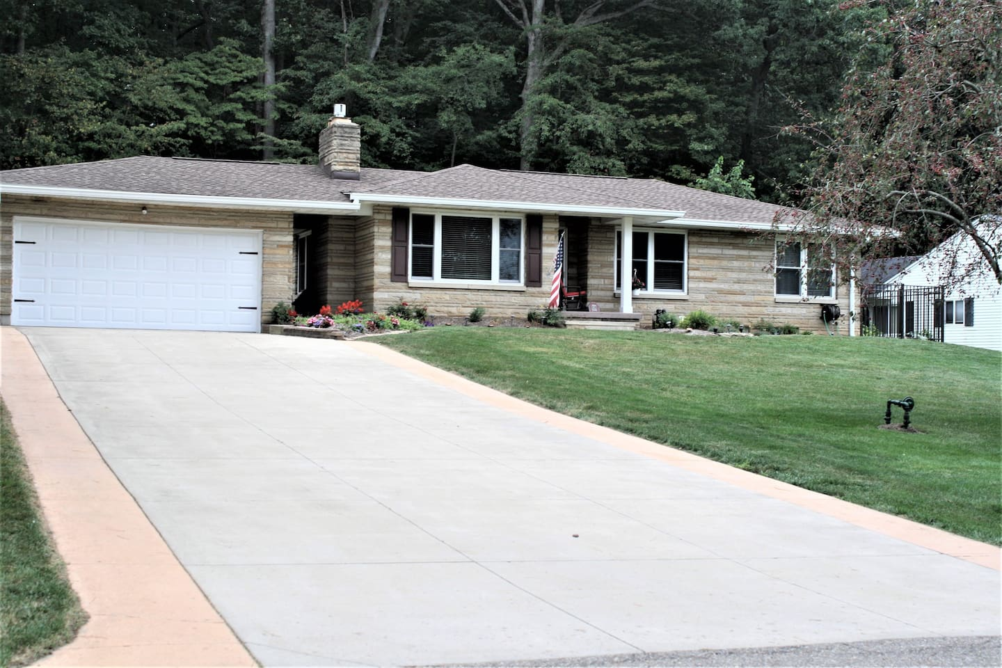 6 Orchard Dr., Mount Vernon, OH   43050