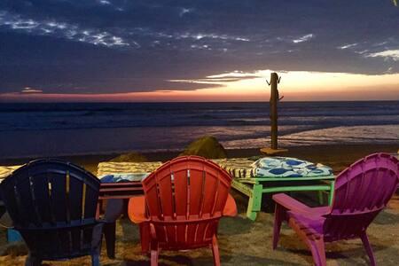 Cabañas de Playa /Beach House - Puerto Cayo - Blockhütte