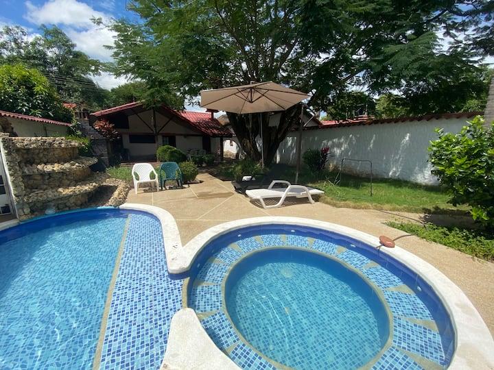 Casa de verano con piscina privada