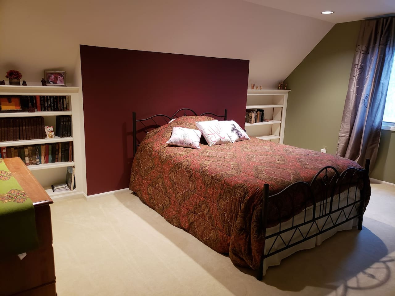 Welcome home to a super comfy queen size bed with a seasonally selected comforter, extra pillows, and blankets!