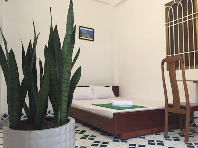 Quiet.Garden.Privacy.7km to center/airport (2S) - Binh Thanh - Rumah