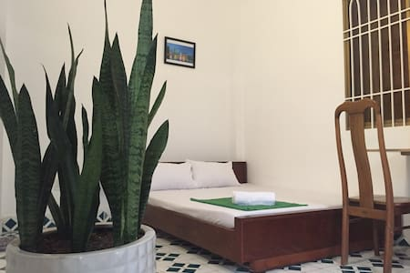Quiet.Garden.Privacy.7km to center/airport (2S) - Binh Thanh