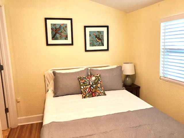 2nd bedroom with comfy full size bed