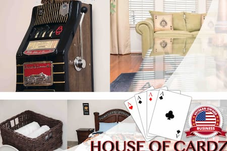 House of Cardz - The comforts of home, on the road