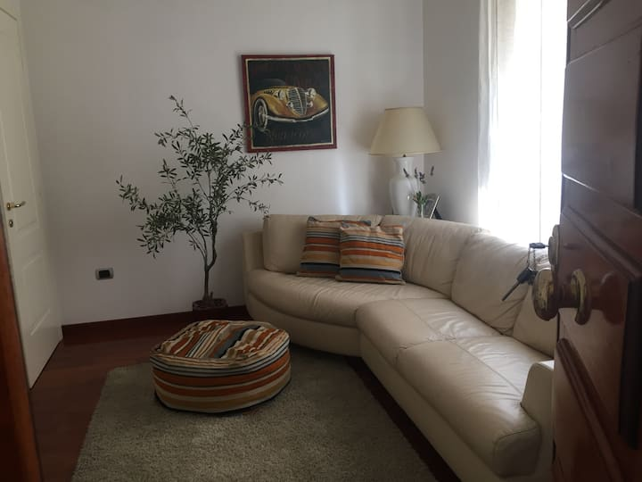 Charming Apartment few minuts from the City Centre