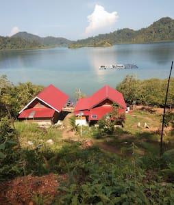 Mandeh Patai Homestay
