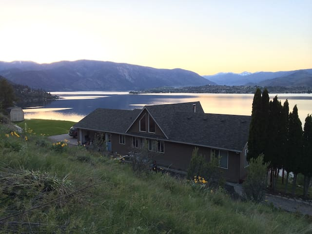 Private Lake Chelan View near Karma Vineyard - Chelan - Maison