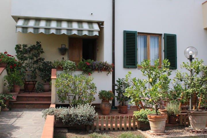 Casa con giardino nel cuore del Chianti Classico - Montefiridolfi - Casa