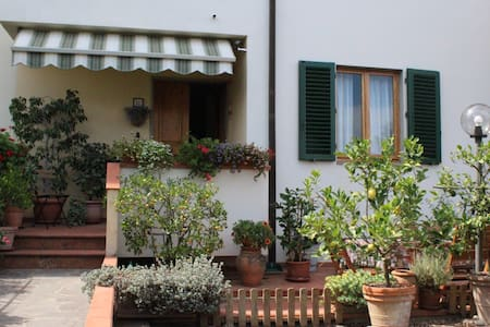 Casa con giardino nel cuore del Chianti Classico - Montefiridolfi - Ev