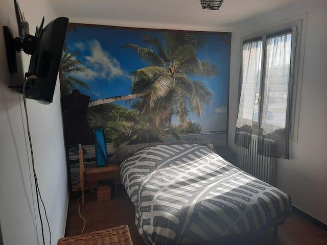 Chambre avec matelas confortable