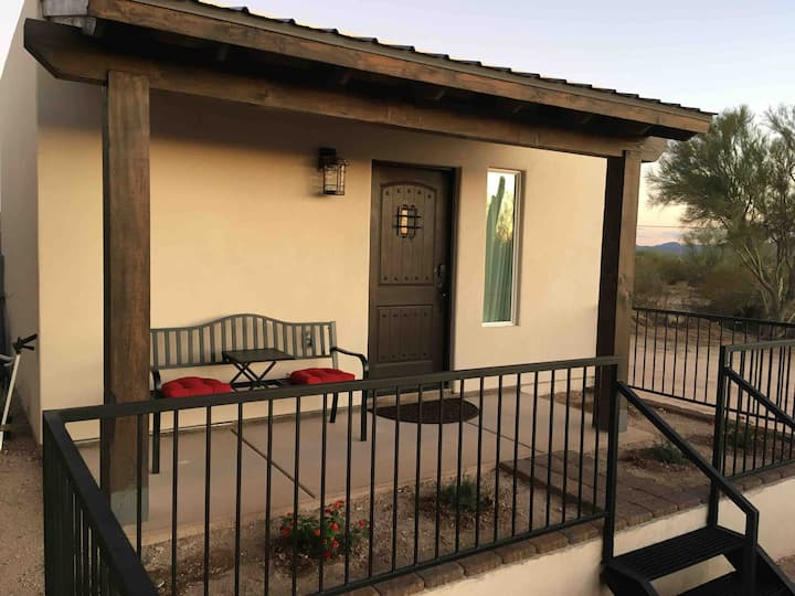 Private casita near 1-10/Twin Peaks/self check-in