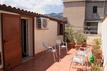 Apartment to 7 min from the sea - Palermo