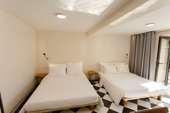 Mountain View Station- Superior Room - 2 pax